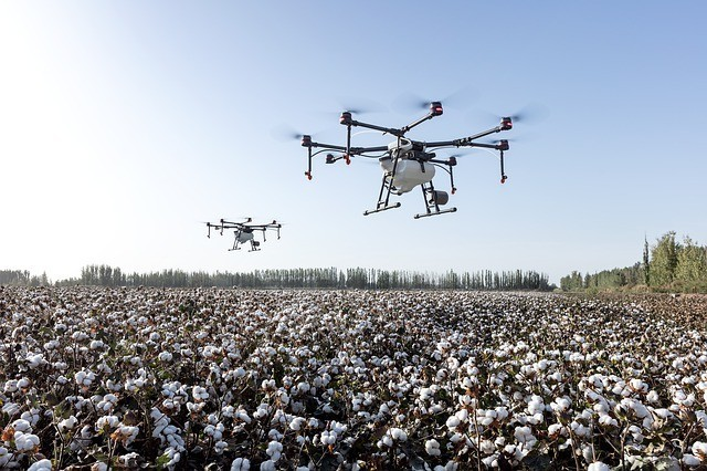 Drones and Farming – 9 Amazing Applications for This Growing Industry